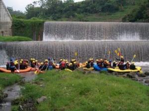strat Batu Rafting